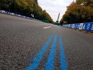 Blick auf die blaue Linie beim Start